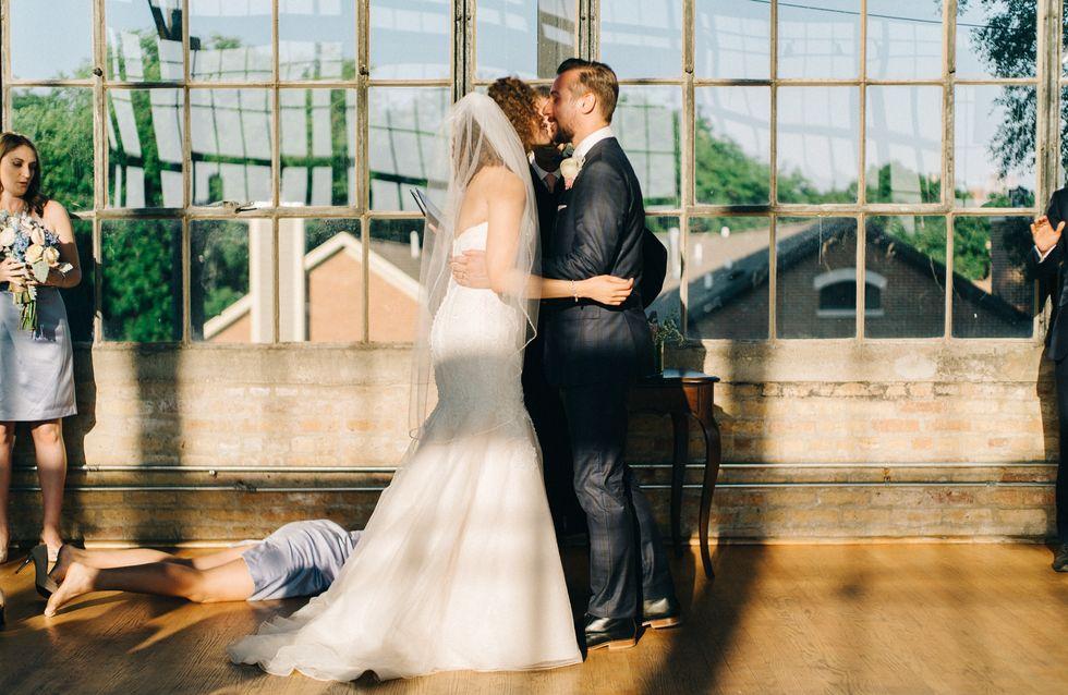 Kannst du erkennen, was bei diesem Hochzeitsfoto nicht stimmt?