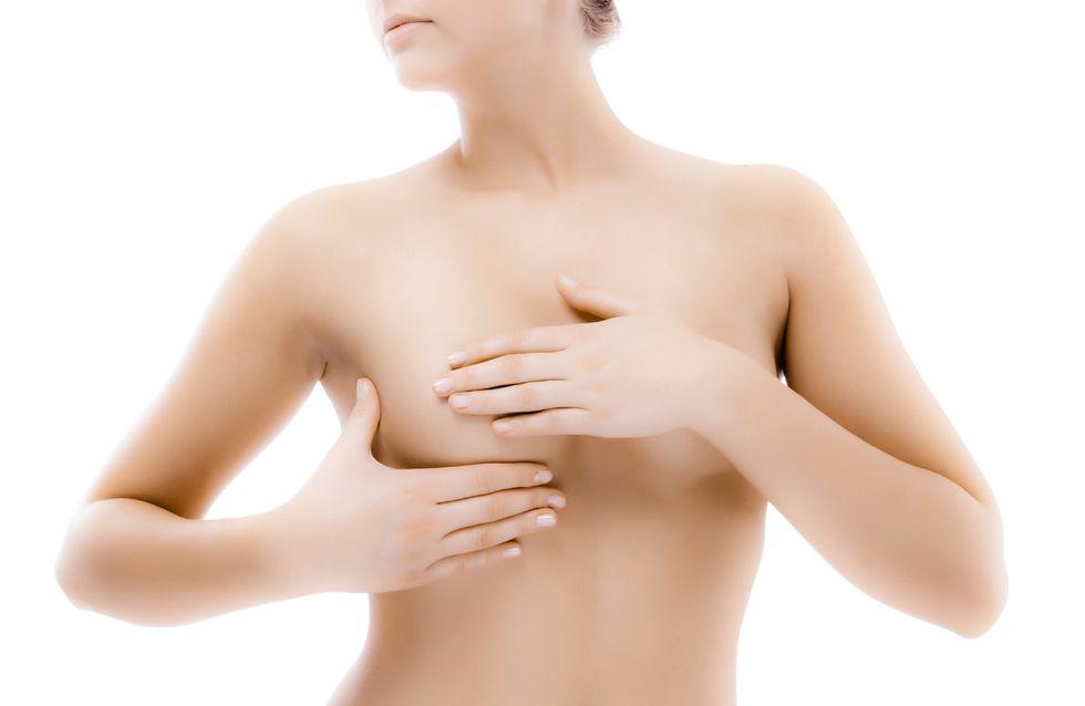 30% des femmes détestent leur poitrine