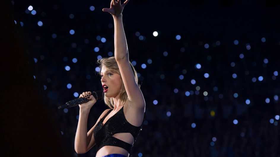 This Girl Making Fun Of Taylor Swift's BFFs On Stage Is Freaking Perfect