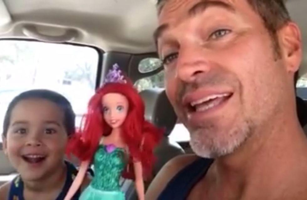 Sein 4-jähriger Sohn wünscht sich eine Barbiepuppe - und dieser Vater reagiert genau richtig