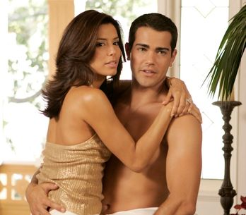Eva Longoria retrouve son ancien amant Jesse Metcalfe (Photo)
