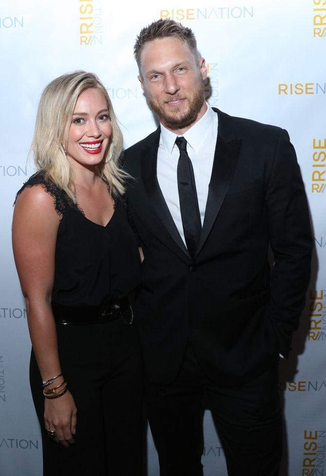 Hilary Duff et Jason Walsh.