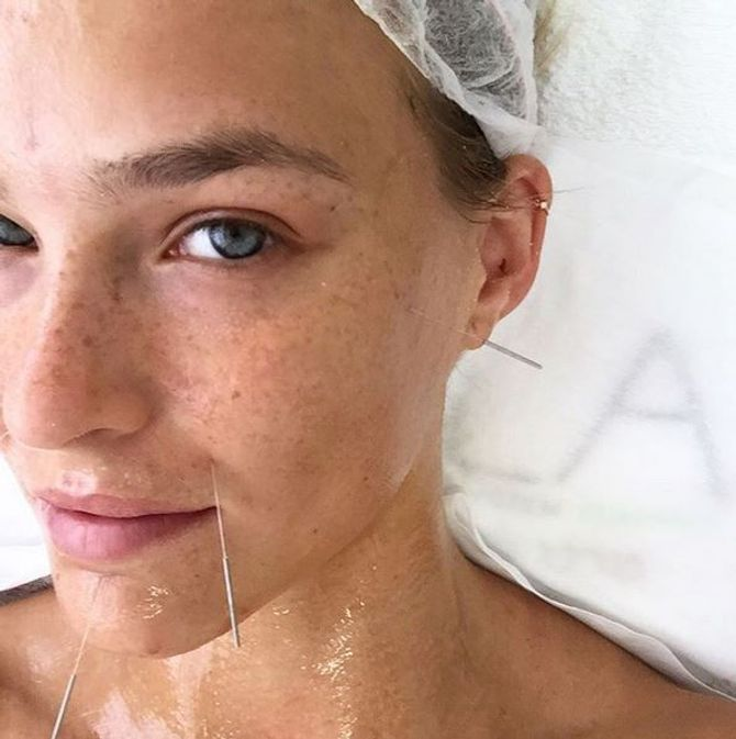 Bar Refaeli sans maquillage.