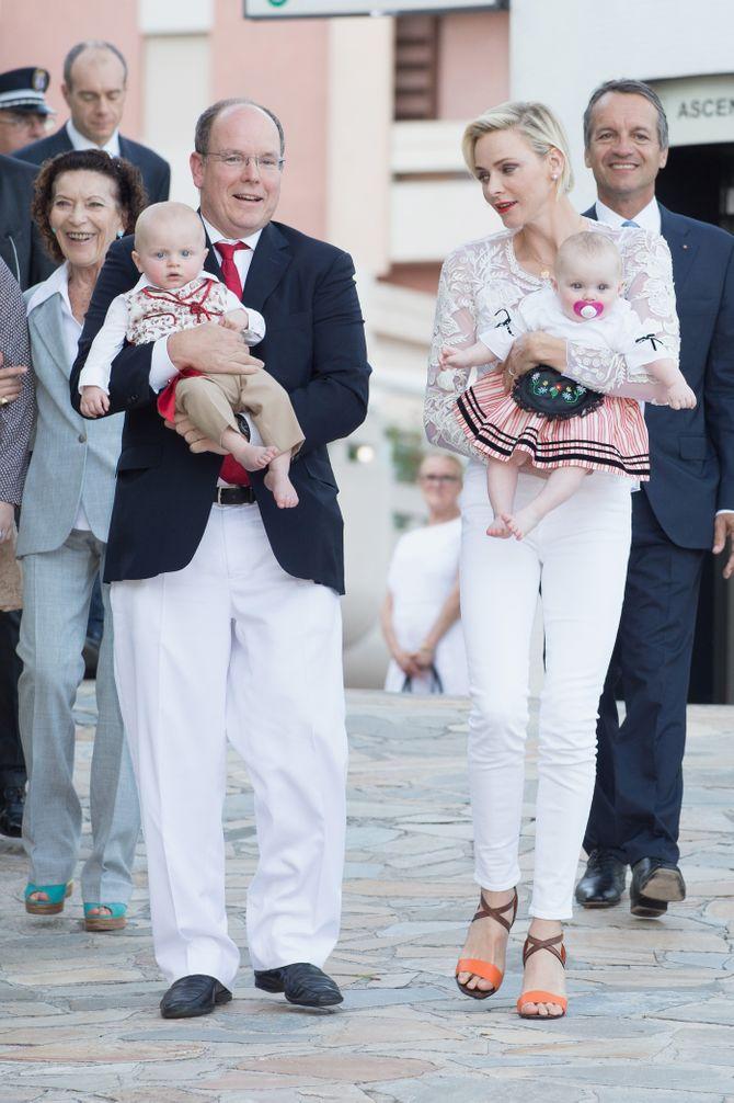 Albert et Charlène de Monaco avec les jumeaux