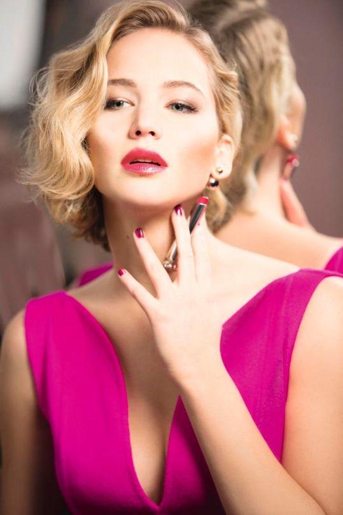 Jennifer Lawrence pour la campagne Dior Addict Lipstick