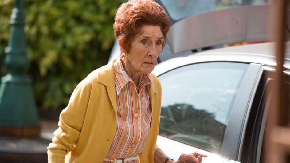 Eastenders 8/09 - Sharon begins to worry