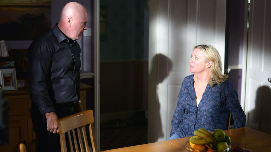 Eastenders 10/09 - Phil keeps hold of Jane