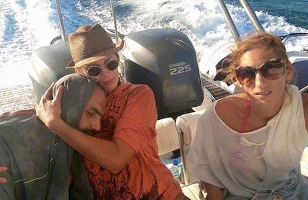 Cette vacancière est devenue une icone de solidarité en Grèce