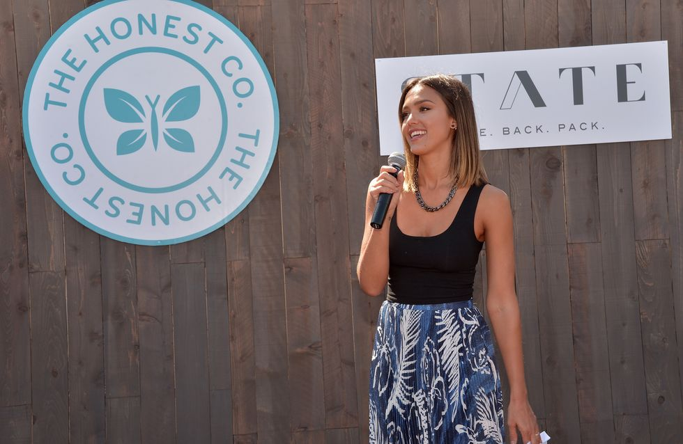 Jessica Alba : Poursuivie en justice, elle défend sa marque Honest