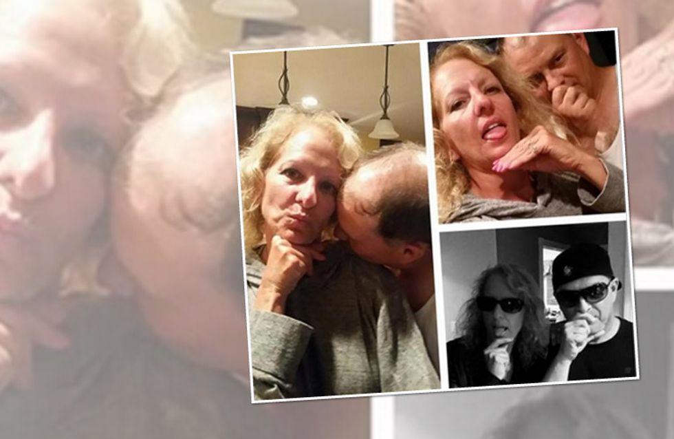 Jung vs. alt: SO sieht es aus, wenn Eltern die Selfies ihrer Tochter nachstellen