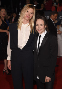 Ellen Page et Samantha Thomas