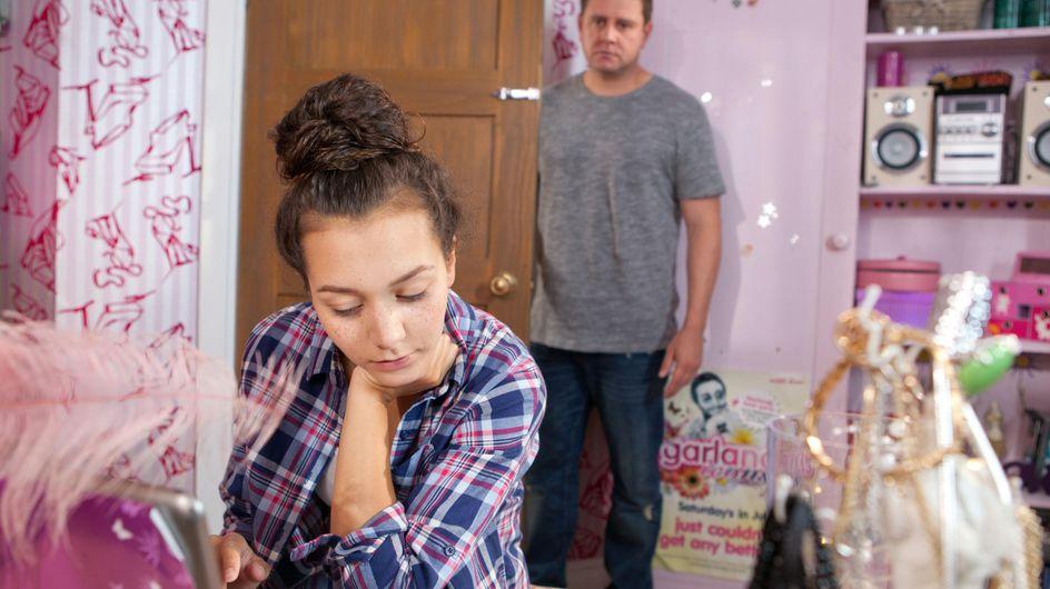 Hollyoaks 22/09 - Reenie smashes Derek's pocket watch