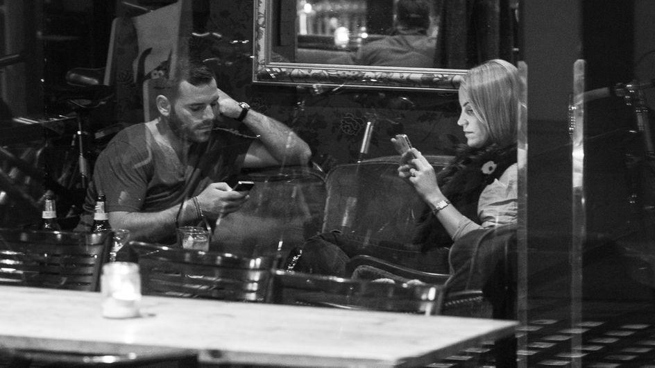 Starke Bilder: So krass bestimmen Smartphones über unser Leben