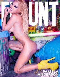 Pamela Anderson pour FLAUNT Magazine