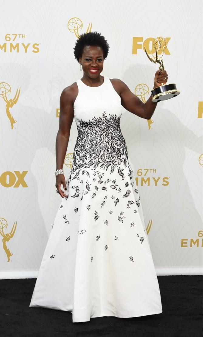 Viola Davis, première actrice noire à recevoir le prix de la meilleure actrice dans une série dramatique