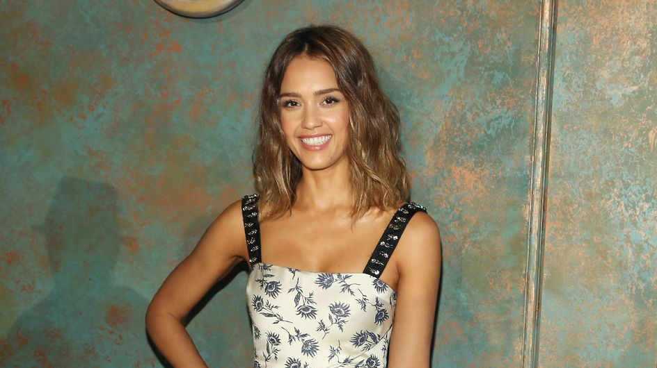 Jessica Alba sexy en bikini pour Self (Photo)