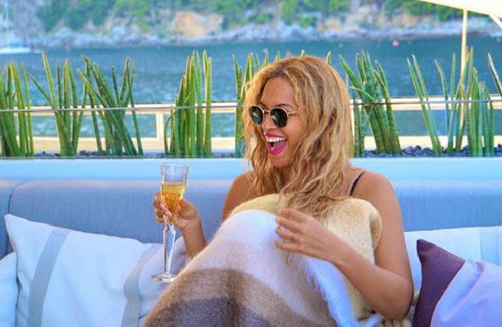 Beyoncé et sa famille se la coulent douce en Sardaigne (Photos)