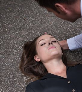 Hollyoaks 9/10 - Frantic Nico finds Ben and tells him about the fire