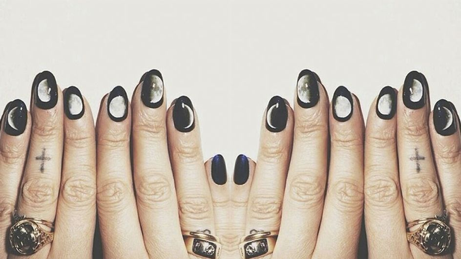 The Blood Supermoon Is Seriously Rubbing Off On Our #ManiMonday