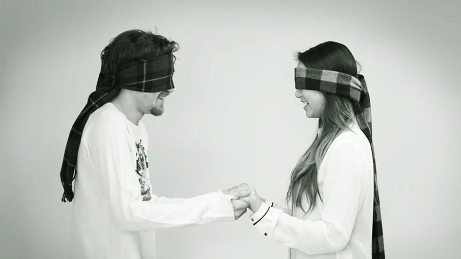 Sie küssen einander, ohne sich je gesehen zu haben - reicht das, um sich zu verlieben?