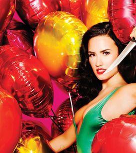 Demi Lovato e Selena Gomez continuam amigas, tá? Foi a própria Demi que esclareceu