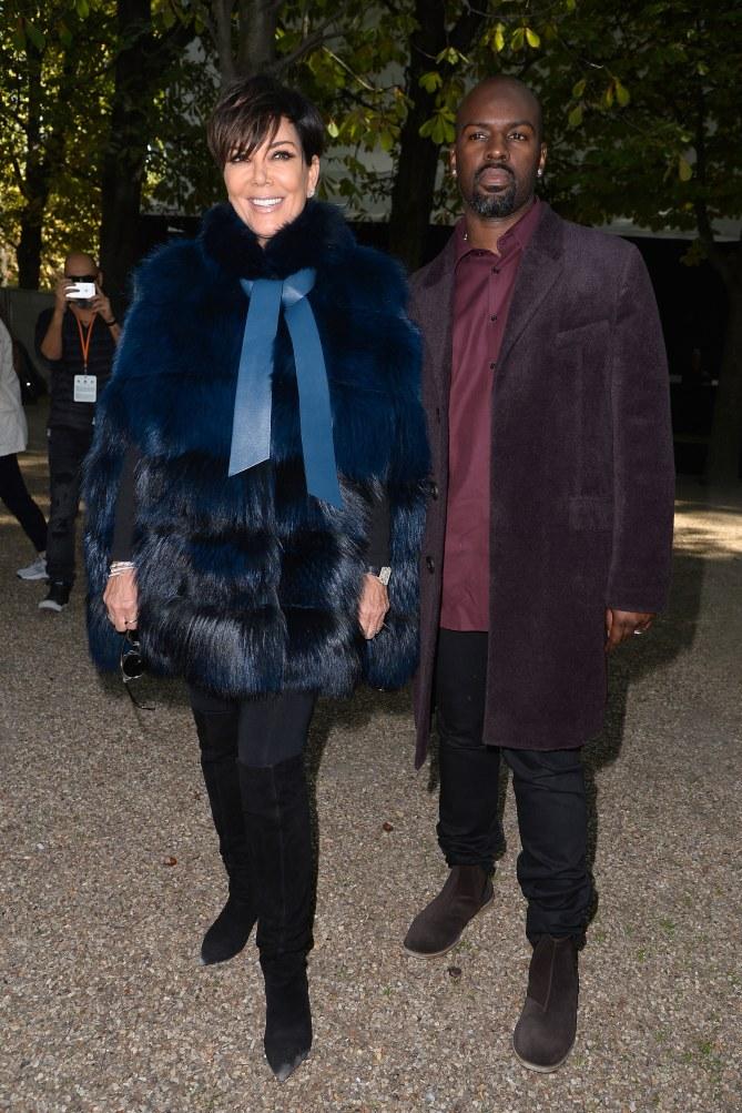 Kris Jenner et Corey Gamble au défilé Elie Saab