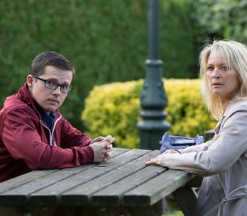 Eastenders 13/10 - Ben gives Kathy some money and she goes to meet Gavin at the park