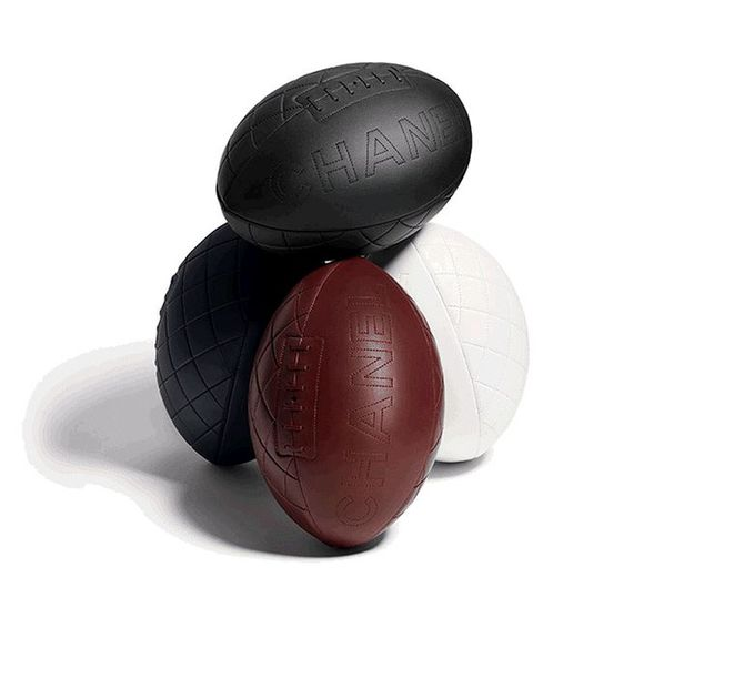 Balón rugby de Chanel
