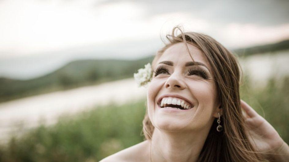 Un sorriso smagliante? È questione di igiene quotidiana: il vademecum per non trascurarla
