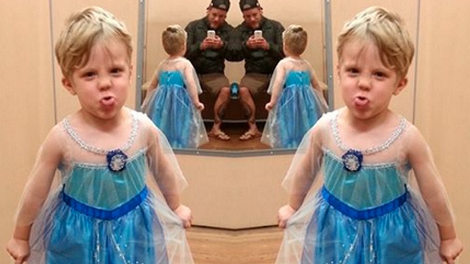 Pai teve a melhor reação quando seu filho pediu uma fantasia da princesa Elsa