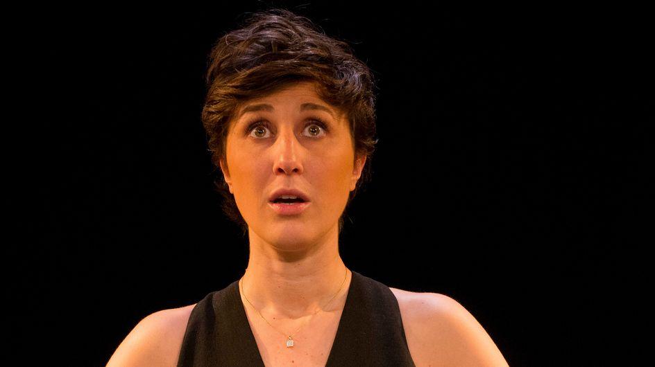 Noémie Caillault : Le rire salvateur