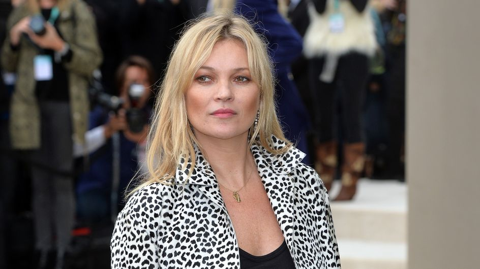 Kate Moss et sa robe tachée intriguent la Toile (Photo)