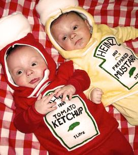 25 Halloween Costumes For Twins That Prove Spooky Can Be Cute