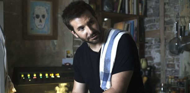 A Vif, Bradley Cooper joue Adam Jones, un chef doué