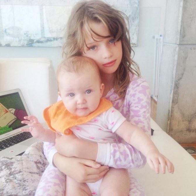 Ever et Dashiel, les filles de Milla Jovovich