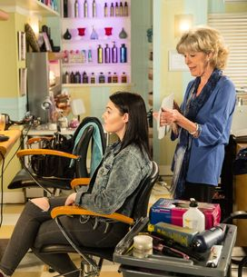 Coronation Street 05/11 - It's fireworks for Fiz and Tyrone