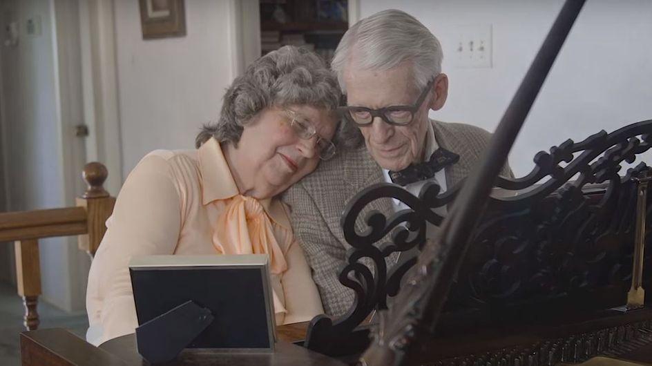 Pour fêter leurs 60 ans de mariage, ces grands-parents rejouent Là-Haut dans une émouvante vidéo
