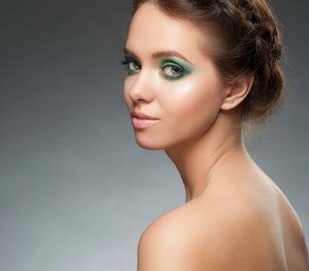 ¡Se acabó el reinado de los nude! Llega la revolución de los tropical eyes