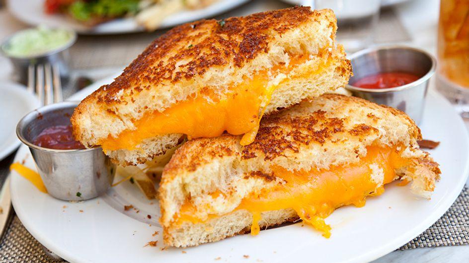 Estudo diz que queijo é tão viciante quanto crack (isso explica muita coisa)