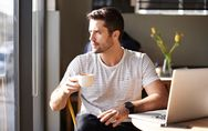 10 Tipps, mit denen du das Herz eines Schütze-Manns im Sturm eroberst