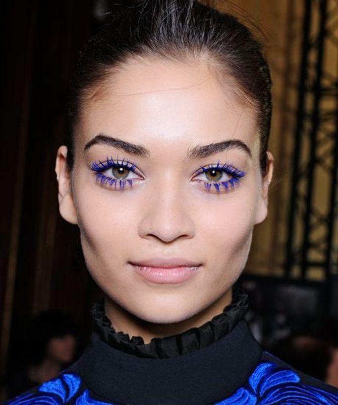 Mascara colorati: il mascara blu elettrico