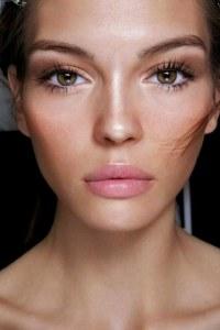 Mascara colorati: il mascara marrone