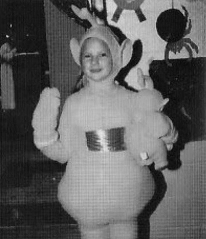 Taylor Swift petite fille déguisée en Télétubbies pour Halloween
