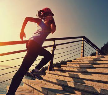 Corsa e mal di schiena: 3 regole per evitarlo e 1 rimedio per combatterlo