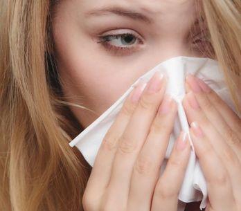 Congestione nasale, mal di testa e senso di pressione: come riconoscere e curare