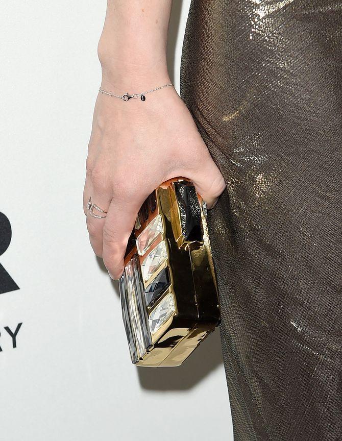 le clutch bijoux de la chanteuse Carly Rae Jepsen