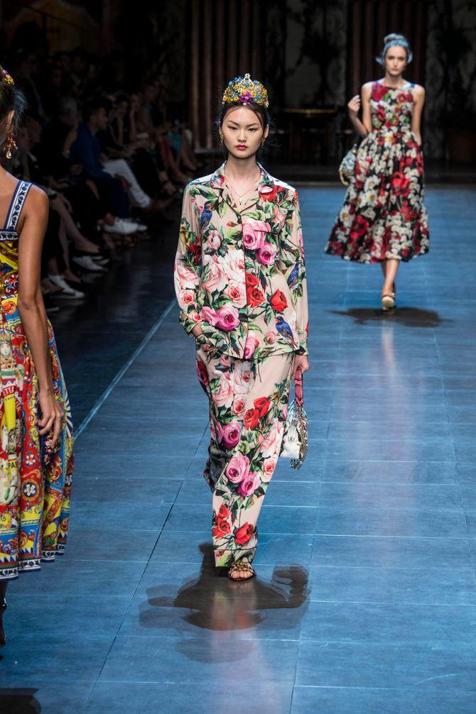Le total look pyjama fleuri Dolce & Gabbana
