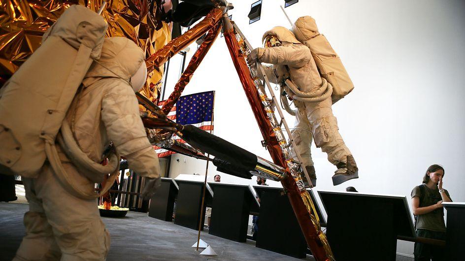 Elles préparent une mission spatiale, on les questionne sur les hommes et le maquillage