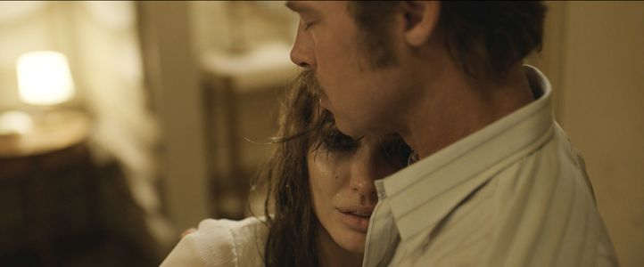 Angelina Jolie et Brad Pitt dans By The Sea