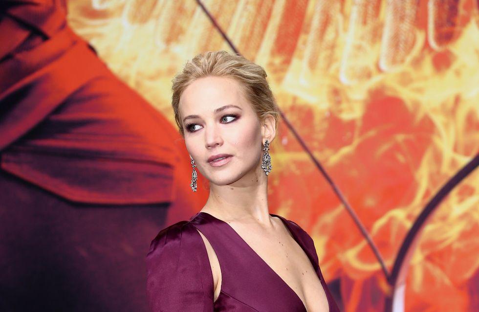 Jennifer Lawrence fatale en décolleté XXL sur le tapis rouge (Photos)